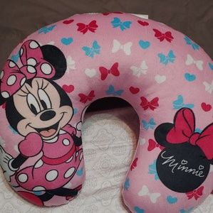 Minnie mouse baby head rest
